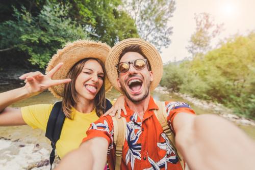 Descubra como diminuir os custos da viagem a aproveite para conhecer lugares incríveis!