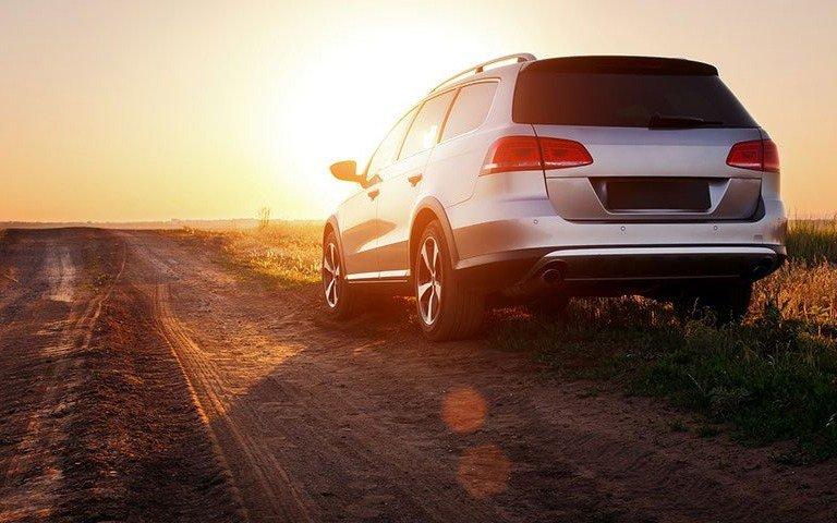 Quer saber como funcionam os seguros para carros alugados? Saiba mais sobre LDW ou CDW, seguros contra terceiros e acidentes pessoais.